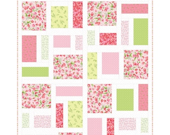 Sweet Pea Flannel Pepperland Quilt Kit by Maywood Studio KIT-MASPEP