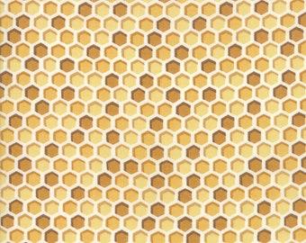 1/2 yd Bee Joyful Honeymoon // Honeycomb by Deb Stain for Moda Fabrics 19875 12