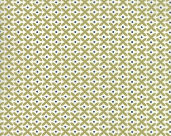 1/2 yd Oxford Floral Petals by Sweetwater for Moda Fabrics 5712 22