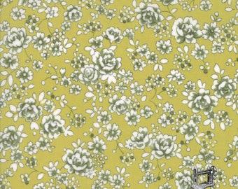 Regent St Lawn Fabric Classic Floral Claremont Leaf Green // Moda by the Half Yard