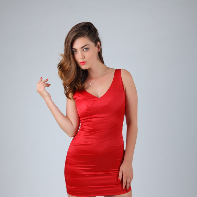 e4b2104da03 Sexy Bodycon Dress Short Prom Dress Red Satin Dress