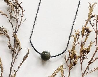 Labradorite, Black Curved Tube Beads and Gunmetal Nickel-Free Chain Midi Length Necklace / Green, Blue & Gray Minimalist Geometric Necklace