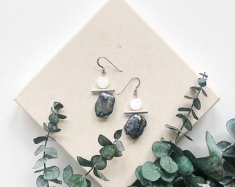 Peacock Pearl, Mother of Pearl, Silver Plated Accent Bar, Sterling Silver Ear Wires / Blue Purple Gray Green & White Statement Boho Earring