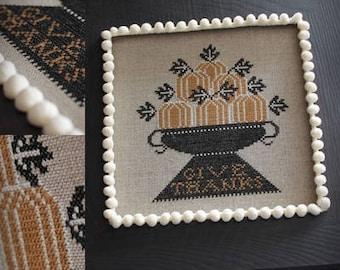 Bowl of Pumpkins / Cross stitch pattern / PDF