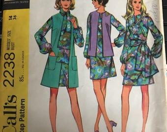 Vintage 60s McCall's 2238 Dress Pattern-Size 14 (36-27-38)