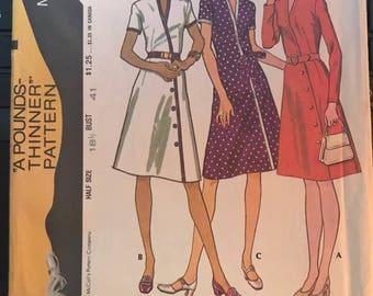Vintage 70s McCall's 3145 Dress Pattern-Size 18 1/2 (41-34-43)