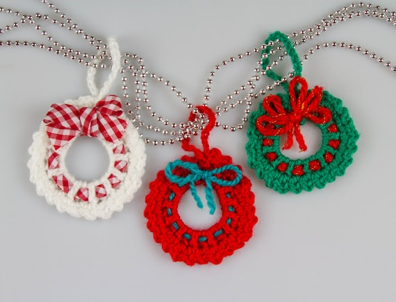Christmas Crochet Wreath Crochet Pattern Crochet Wreath Brooch Etsy