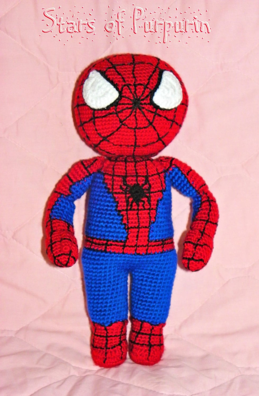 spiderman bonhomme de neige amigurumi super