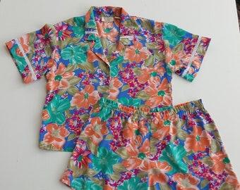 c8b9172262fab Vintage Pajama Top Victoria's Secret Creme Shiny   Etsy
