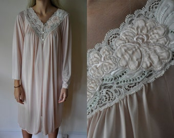 Vintage Button Down Robe - Night Gown Dress - Shadowline - Embroidered  Nightgown - Floral Lingerie - Slip Dress - Long Sleeve - Lace Trim 0a4a3fed7