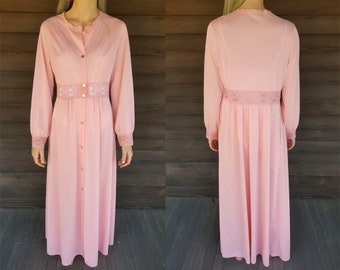 Vintage Shadowline Robe - Pink Button Down Nightgown - Lace Long Sleeve -  Bath Robe - Night Gown - Valentine s Day - Lace Cutout e3c4eae8c