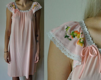 Vintage Floral Night Gown Dress - Embroidered Nightgown - Lingerie - Slip  Dress - Short Sleeve - Lace Trim - Made in USA 0a3abac12