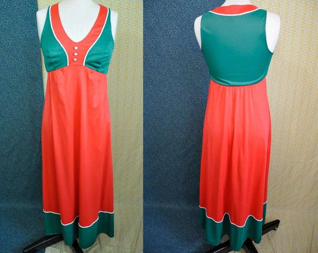 Vintage Christmas Night Gown - Vanity Fair - Sleeveless - Ballerina ...