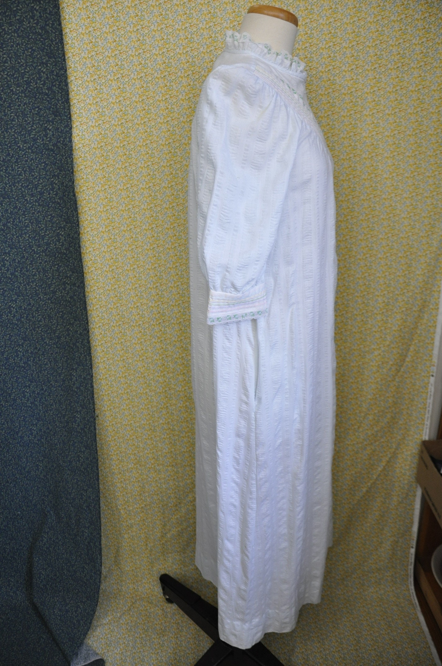 Vintage House Coat - Lisanne - Zip Down - Nightgown Night Gown ... 657459211