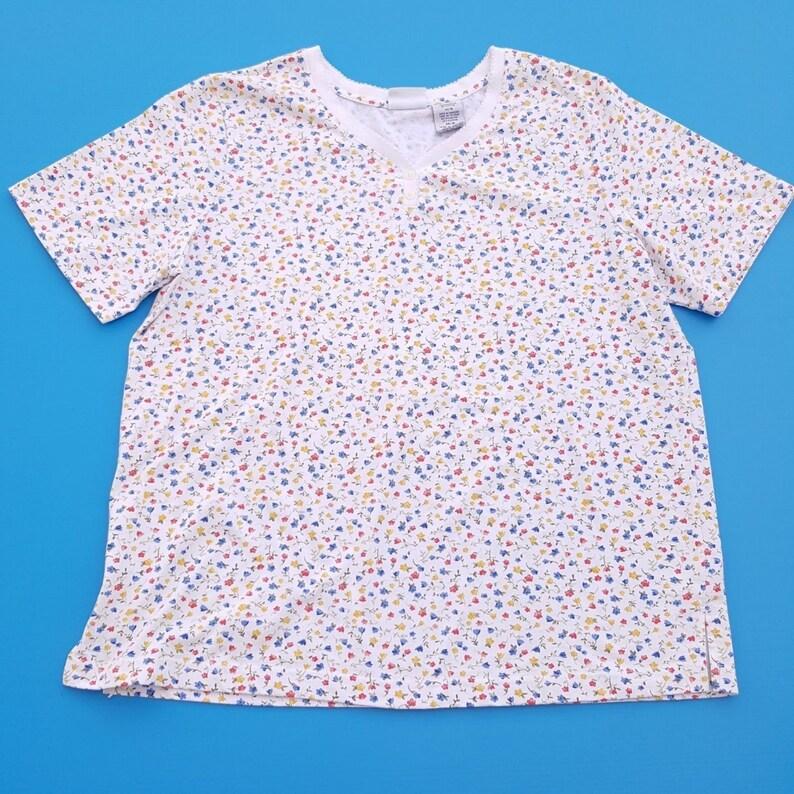c279bfa930042 Vintage Floral Shirt T-shirt Tshirt Short Sleeve Bobbie