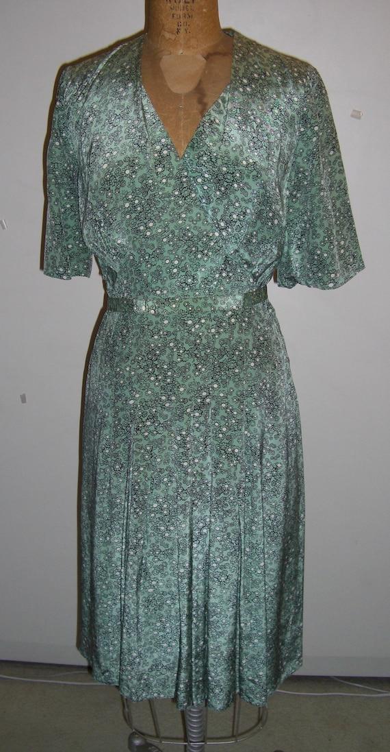 Vintage 1940 Rayon Dress