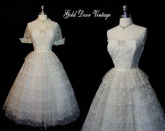 Beautiful Vintage 50s Tiered Lace Strapless Wedding Dress & Matching Jacket XS