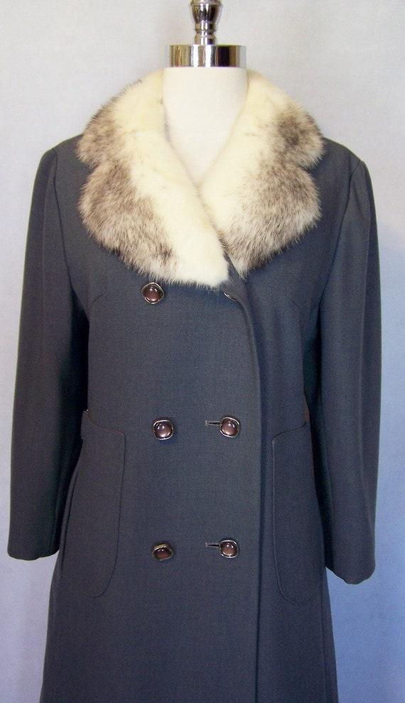 Gorgeous 70s Grey Wool Cross Mink Fur Trim Prince… - image 3