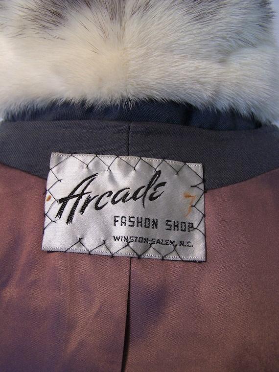 Gorgeous 70s Grey Wool Cross Mink Fur Trim Prince… - image 9