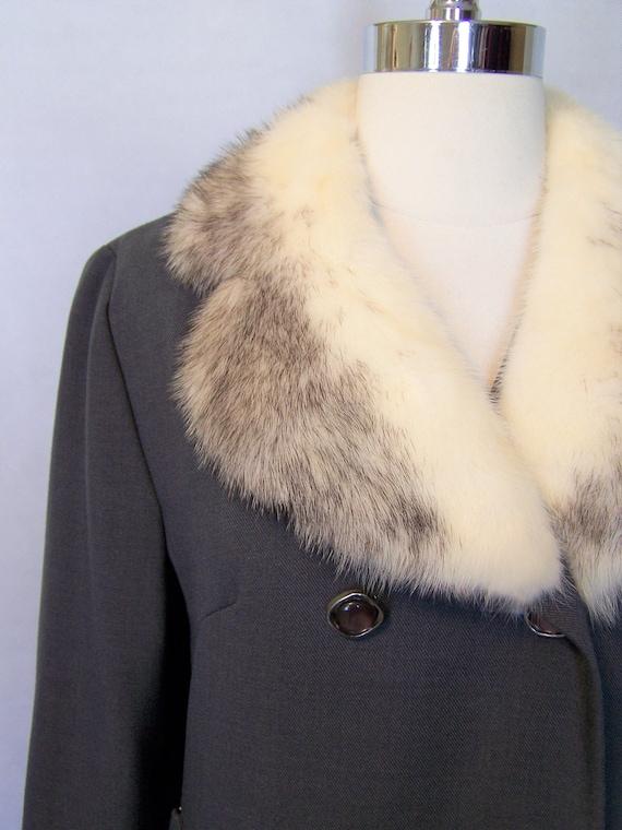 Gorgeous 70s Grey Wool Cross Mink Fur Trim Prince… - image 4
