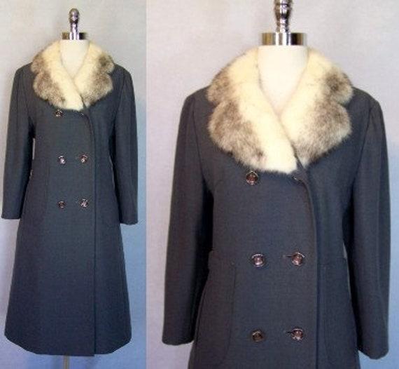 Gorgeous 70s Grey Wool Cross Mink Fur Trim Princes