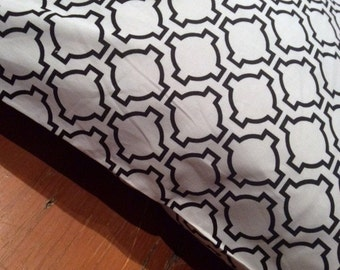 White and Black Keyhole Cushion Cover, Various Sizes, Cotton, Quality Hand Made