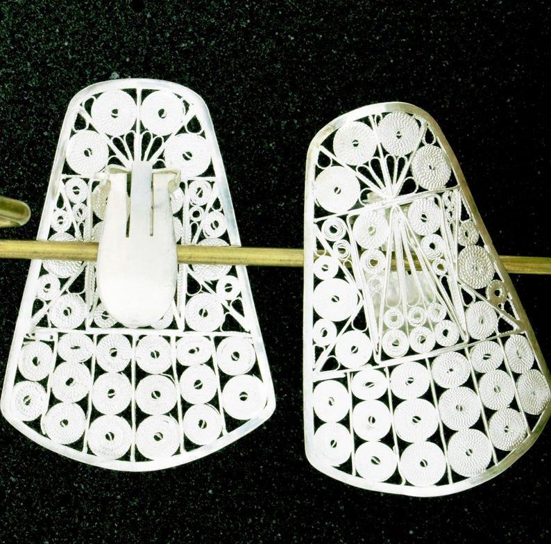 0af9c100661c Clip earrings. Large   lovely clip earrings in silver