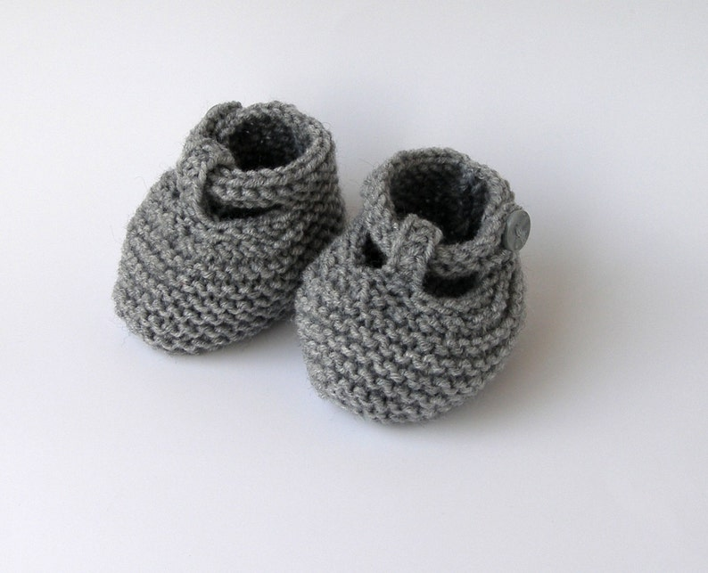 f9588160e5b74 Gray hand knitted baby wool booties baby knit socks knitted baby shoes  handmade knitted baby infant booties crib shoes for babies 0 9 months