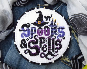 Halloween Cross Stitch Pattern, Halloween Xstitch, Spooky Cross Stitch, Scary Cross Stitch, Counted Cross Stitch, Halloween Quotes Sampler