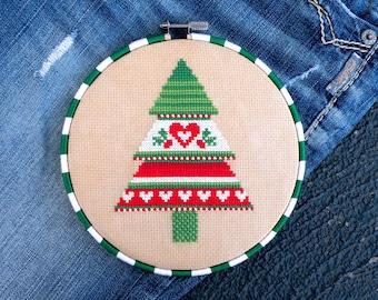 Christmas Cross Stitch Pattern, Cross Stitch Tree, Christmas Tree Cross Stitch, Scandinavian, Nordic, Counted Cross Stitch Pattern PDF, DIY