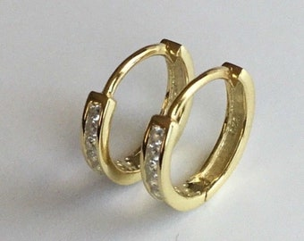 80d37dd11648 14K Yellow Gold Clad 925 Silver CZ Hoop Channel Earrings-12mm   Aretes de  925 plata con bano de oro E1005