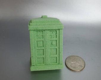 Christmas Special (Apple and Spice Bath Bomb) - TARDIS