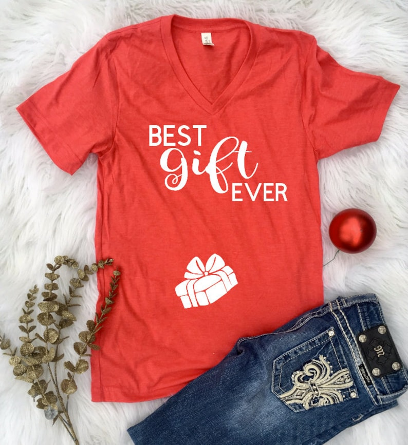 Best GIFT Ever Christmas Pregnancy Announcement maternity image 0