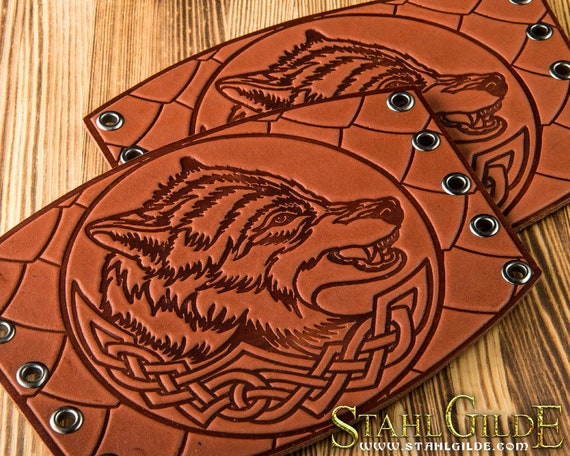 Handmade A Pair Leather Cuffs LARP Bracers Armor Wolves Celtic brown