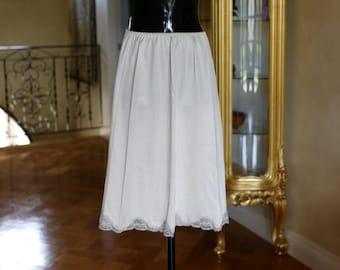 Vintage 1980s Half Slip in Silky Heavy Nylon Petticoat by Charnos, Size UK 10-12, US, (248)