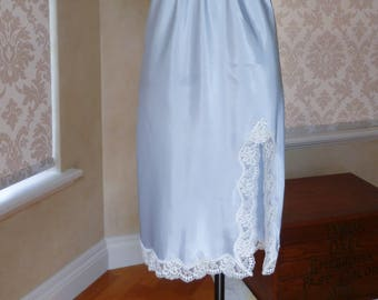Vintage Baby Blue Glossy Satin Poly and Lace Half Slip, Petticoat Size 14 US 10 (462)