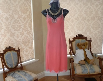 Vintage 1980s Charnos Pink Glossy Heavy Nylon and Lace Full Slip, Petticoat, Size UK 12, US 8 (473)