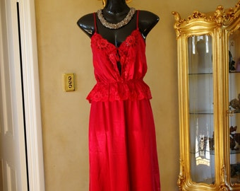 Vintage 1980s Red Silky Half Slip, Petticoat and Camisole Set by Gossard Size 12, US 6. (232)