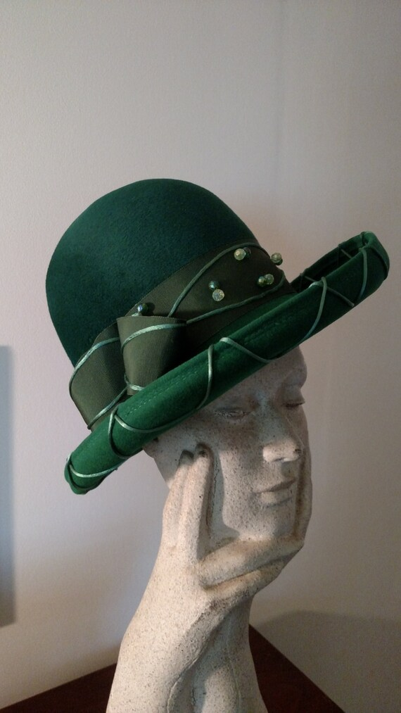 3bf08196d9e2d Vintage Ladies Hunter Green Felt High Crown Fedora by Mr.