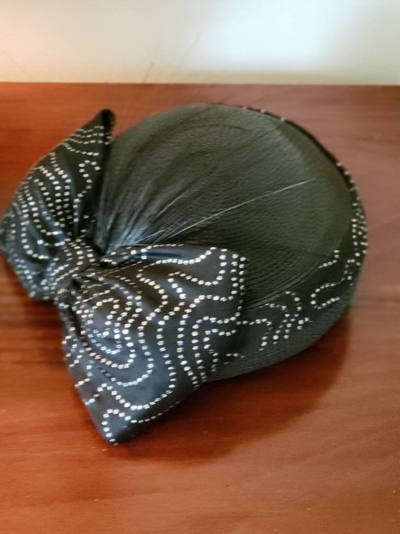 Vintage Sylvia Straw Cloche Hat with Exaggerated Bow and Burnt Feathers