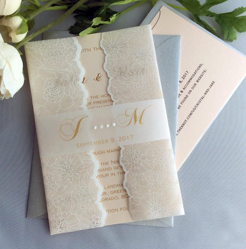V29 White Silver Floral Printed Vellum Lace Jacket Gold Belly Band Pearl Drop Blush Wedding Invitation 30 Sets