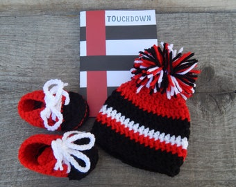 643790fc9 Tampa Bay Buccaneers Pregnancy Announcement-Baby Shower Gift-Crochet Tampa  Bay Buccaneers Baby Hat and Booties-Newborn Crochet hat and booty