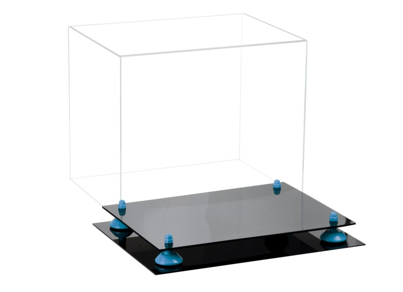 A002 Deluxe Clear Acrylic Catchers or Goalie Helmet Display Case with Risers
