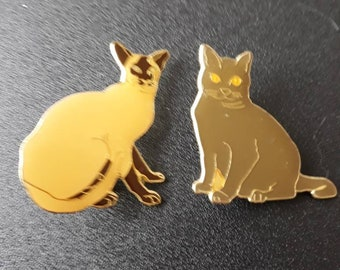 Set of 2 beautiful brooches form cats to put on your clothes