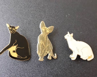 1 set of 3 pins form cats to put on your clothes will be a beautiful effect