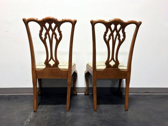Superb Vintage Quartersawn Tiger Oak Chippendale Ball In Claw Dining Accent Side Chairs Pair Short Links Chair Design For Home Short Linksinfo
