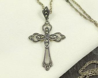 Vintage 1930-1940 Sterling silver Marcasite Cross Pendant Necklace Item w#1055