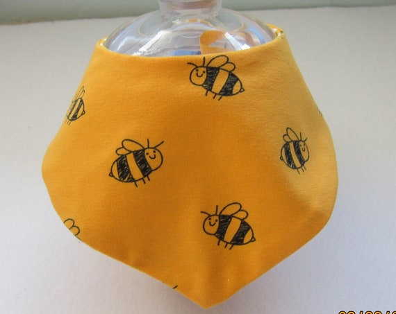 BEE HAPPY!  bib for babies and children, BEES, Bees on the Bonnet design,