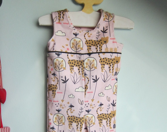 Leopard in savanna rompers in size 6-9 mo, ecological jersey, Safari fabric for Baby rompers