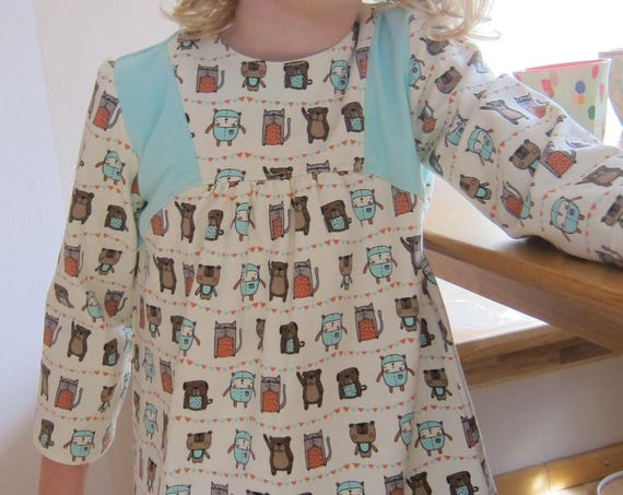 Organic jersey dress in mint with Friends Forever Motive Size 3-4T, Teddies